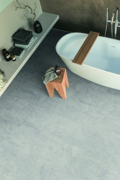 02pi_ap_ph_flo_bathroom_kingsize_wv5_epl004_f5
